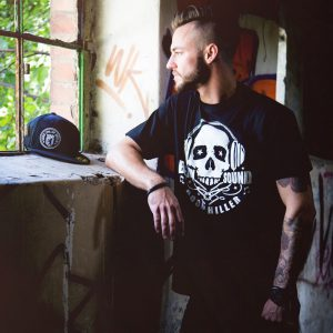 hood-chiller-berlin-t-shirt-sound-skull-6